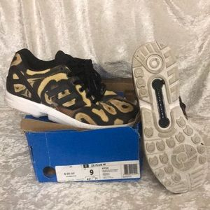 Adidas ZX FLUX W S77310   Size US 9. Rare